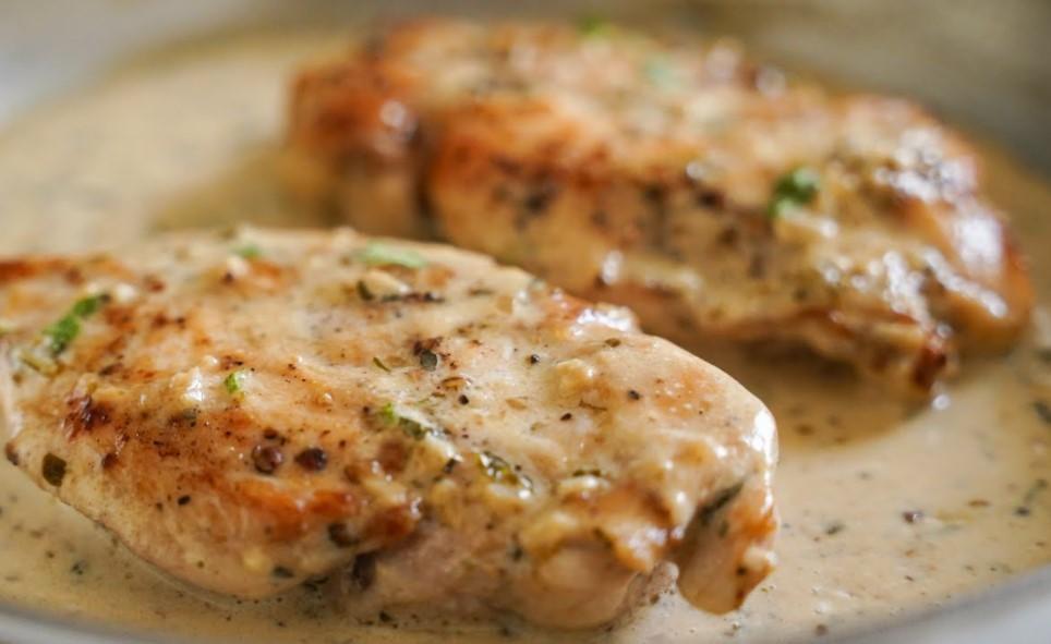 Creamy garlic chicken breast