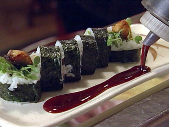 Directions for eel roll sushi
