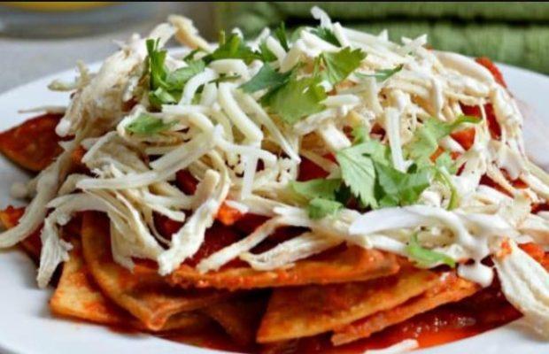 Garnish chilaquiles vs migas with Salad
