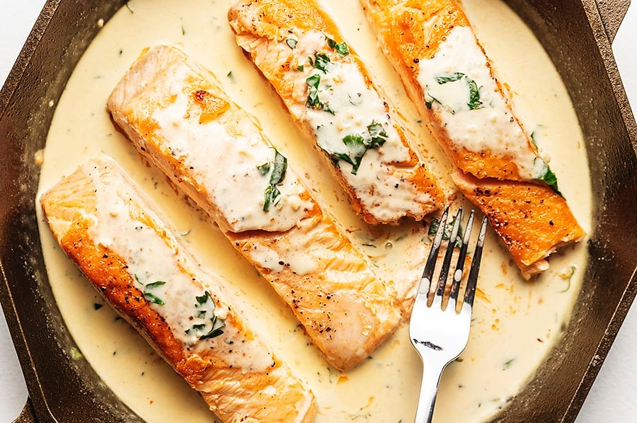Instructions for salmon with lemon garlic cream sauce