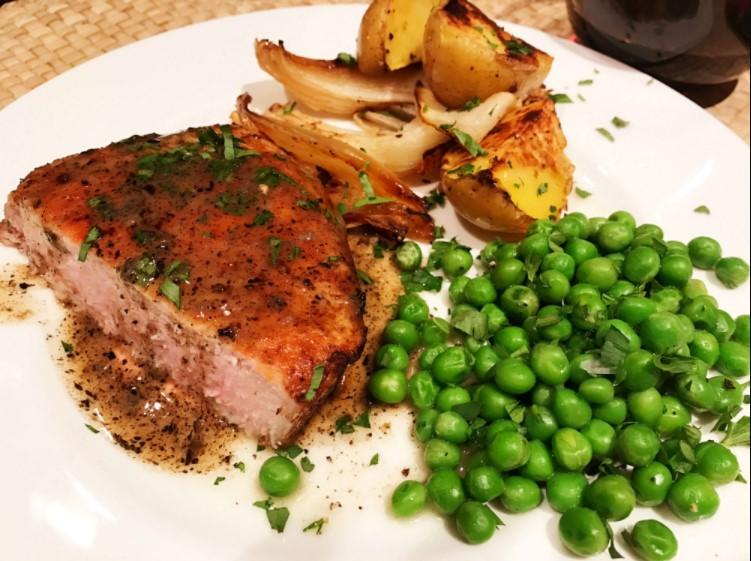 Pork chops & Green Peas