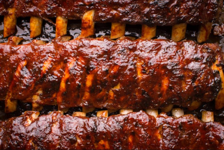 Ribs in barbecue - delicious and nutritious food