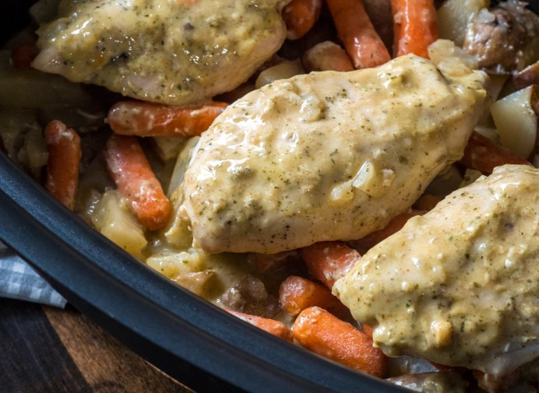Slow cooker ranch chicken