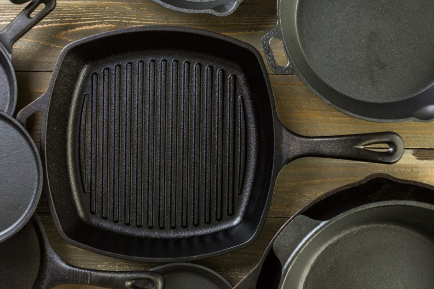 Use cast iron pan to cook food