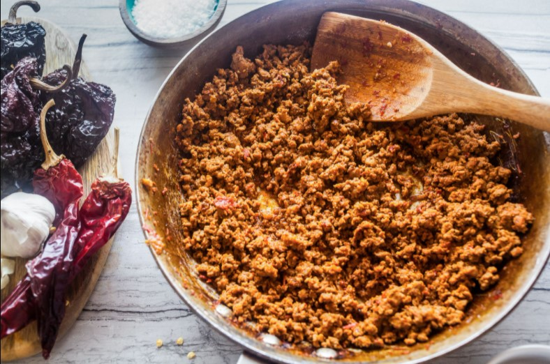 You need to use chorizo in moderation