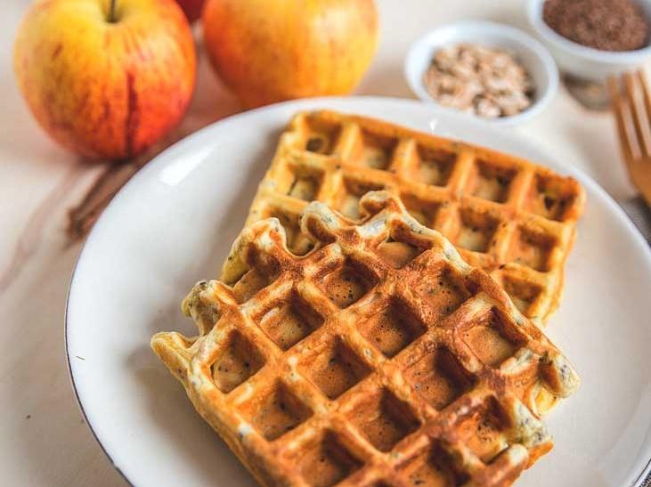 Diet powdered waffles