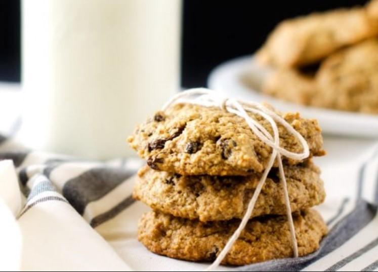 Quinoa Raisin Cookies
