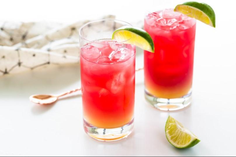 Qwieen Bay Breeze Cocktail